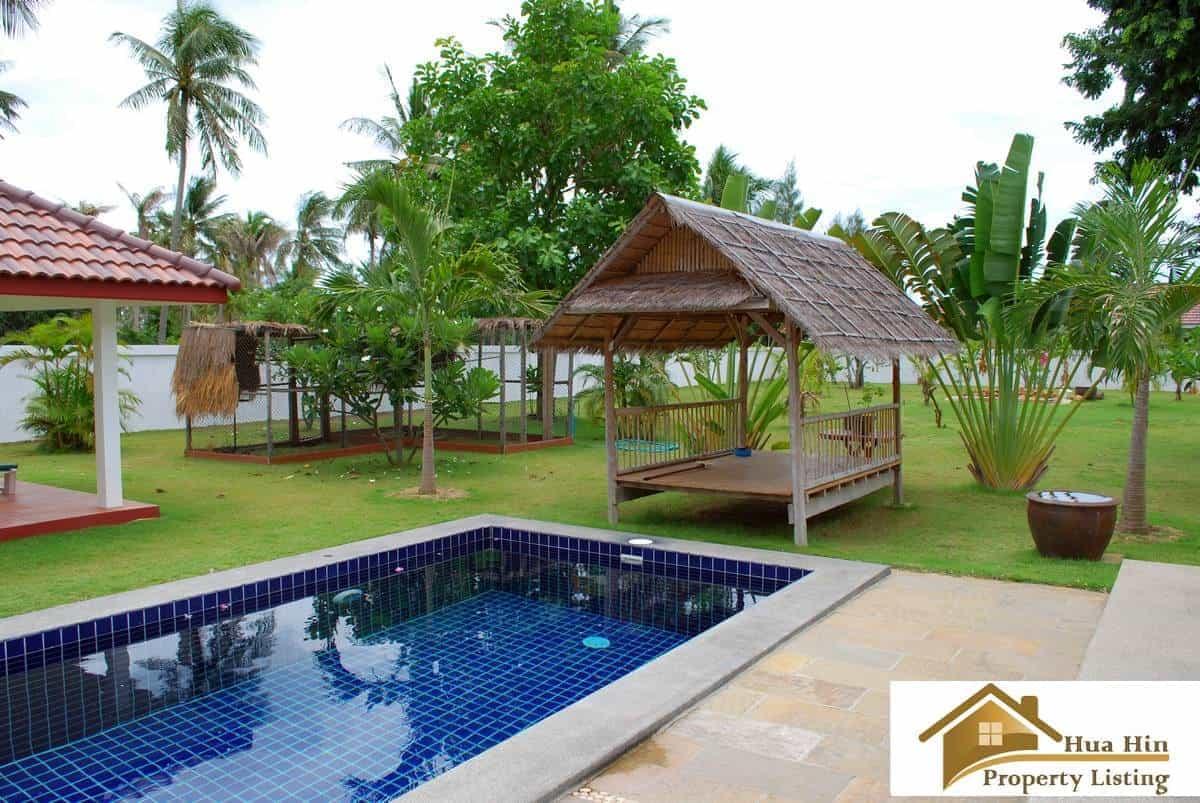 Reduced Pool Villa For Sale On A Large Plot Pranburi
