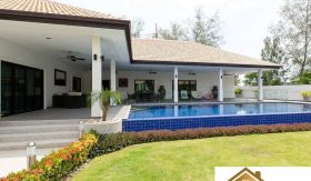Stunning 4 Bed Hua Hin Villa On A Large Plot For Sale