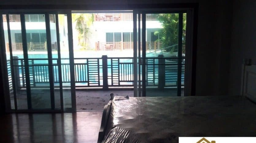 Fully Furnished 1 Bed Unit In A Beachfront Condo Cha Am